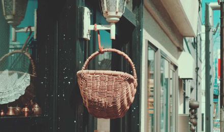 Hanging wicker basket