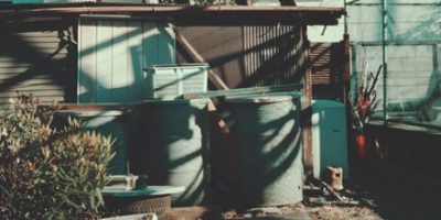 Drum containers