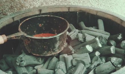 White charcoal (Bincho-tan)